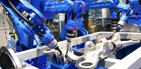 How industrial robots are programmed